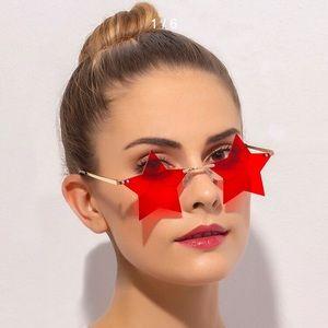 Accessories - Red star sunglasses